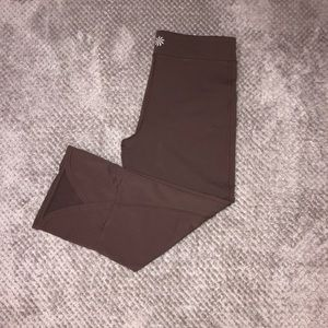 ATHLETA YOGA CAPRIS